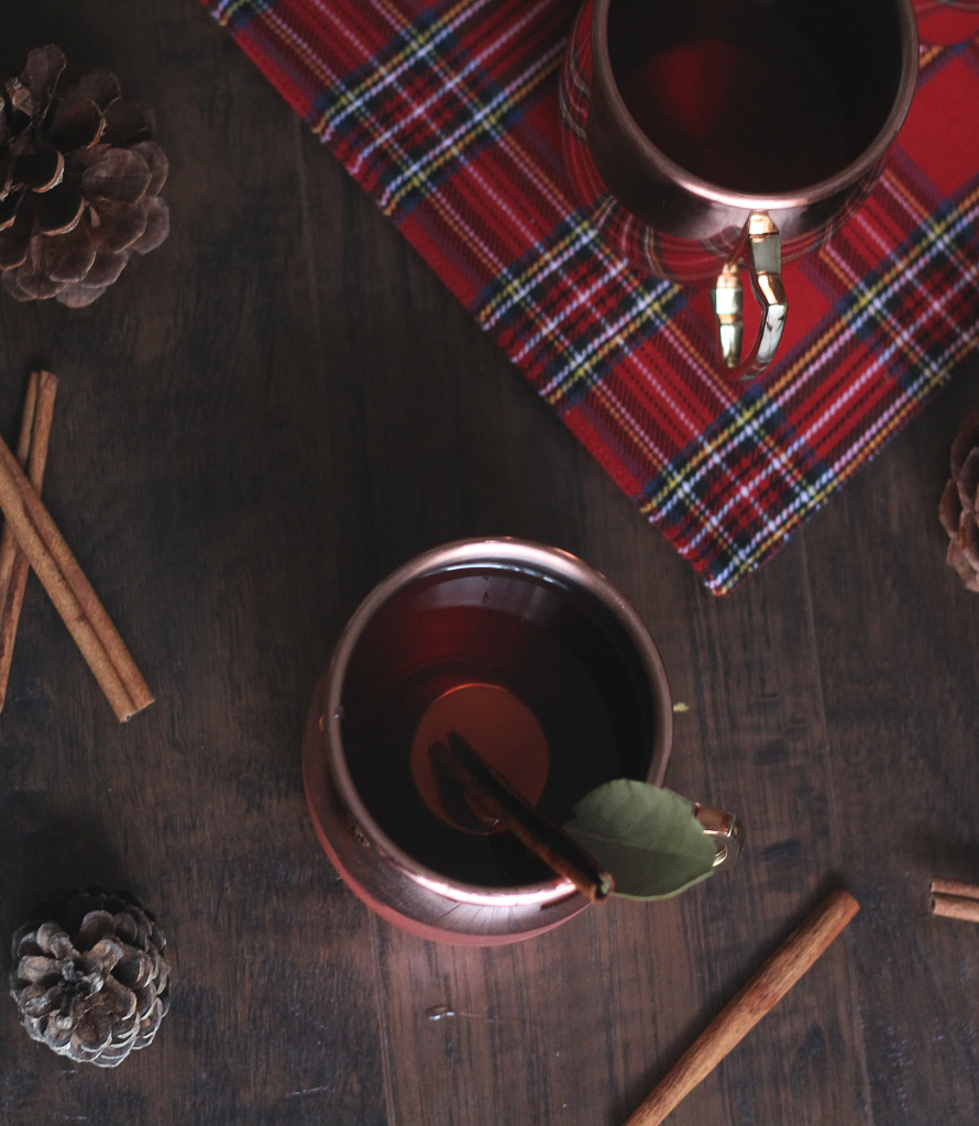Hot Christmas Punch Drink